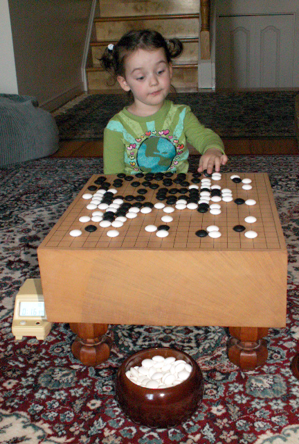 A 3-year-old GO player
